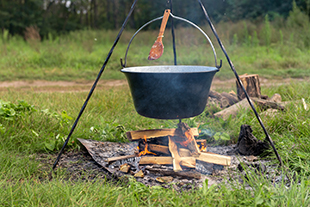 Fire lighting and wilderness cooking on SuperCamps Bushcraft