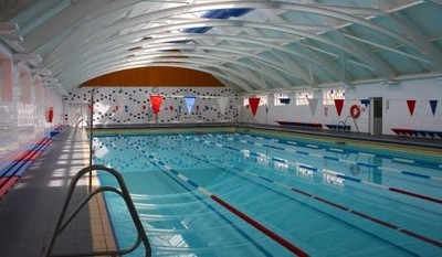 Swimming and other kids' activities with SuperCamps at St Dunstan's College in London
